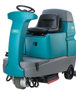 Tennant T7 Ride on Scrubber 80cm Fast - Click for more info